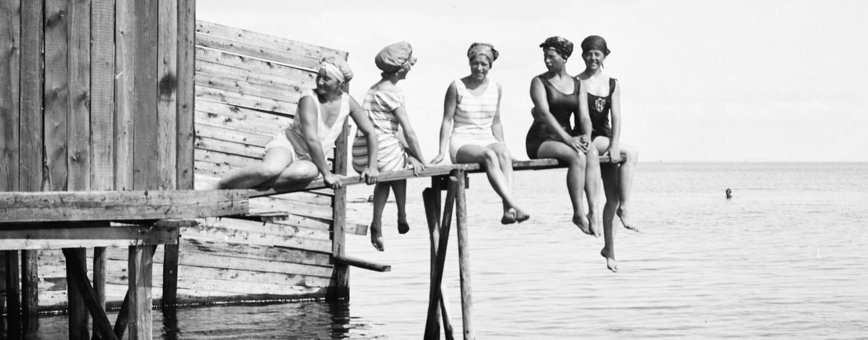 Historier fra Charlottenlund Søbad