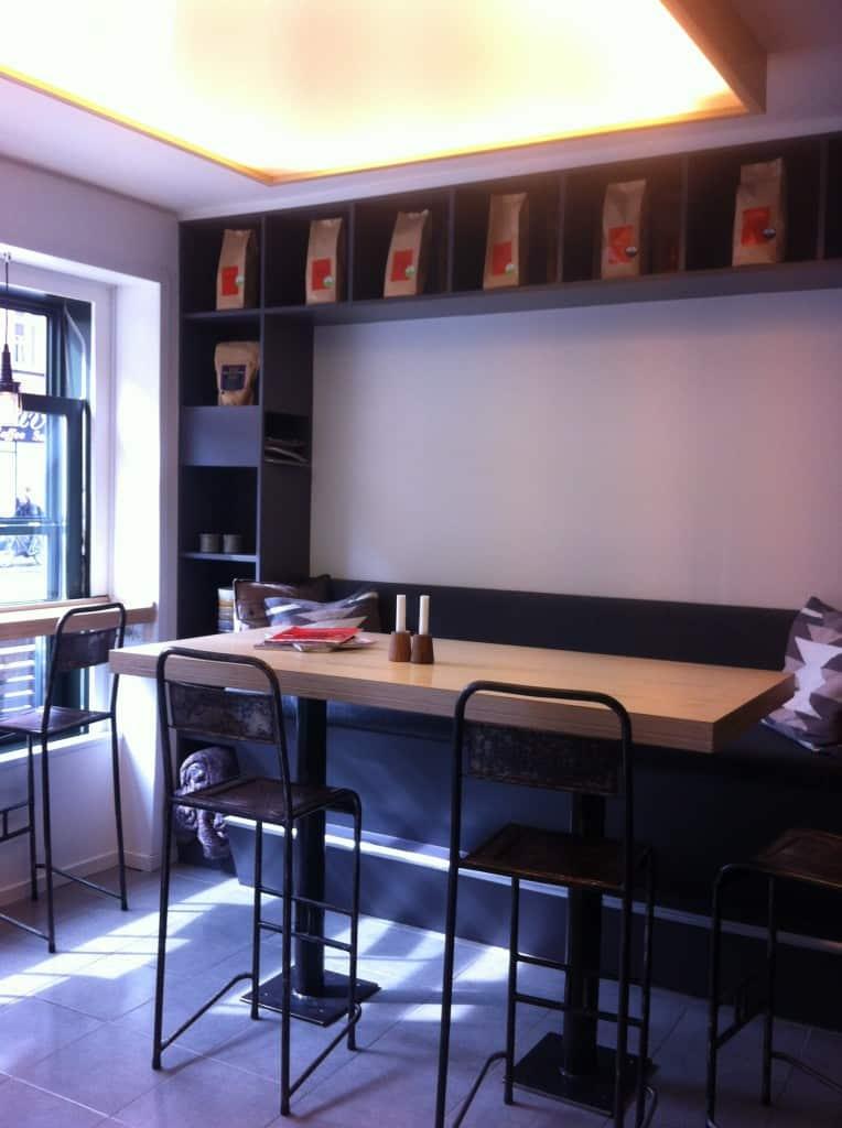 Kaffebar no. 95 på Amager laver god kaffe og dessert