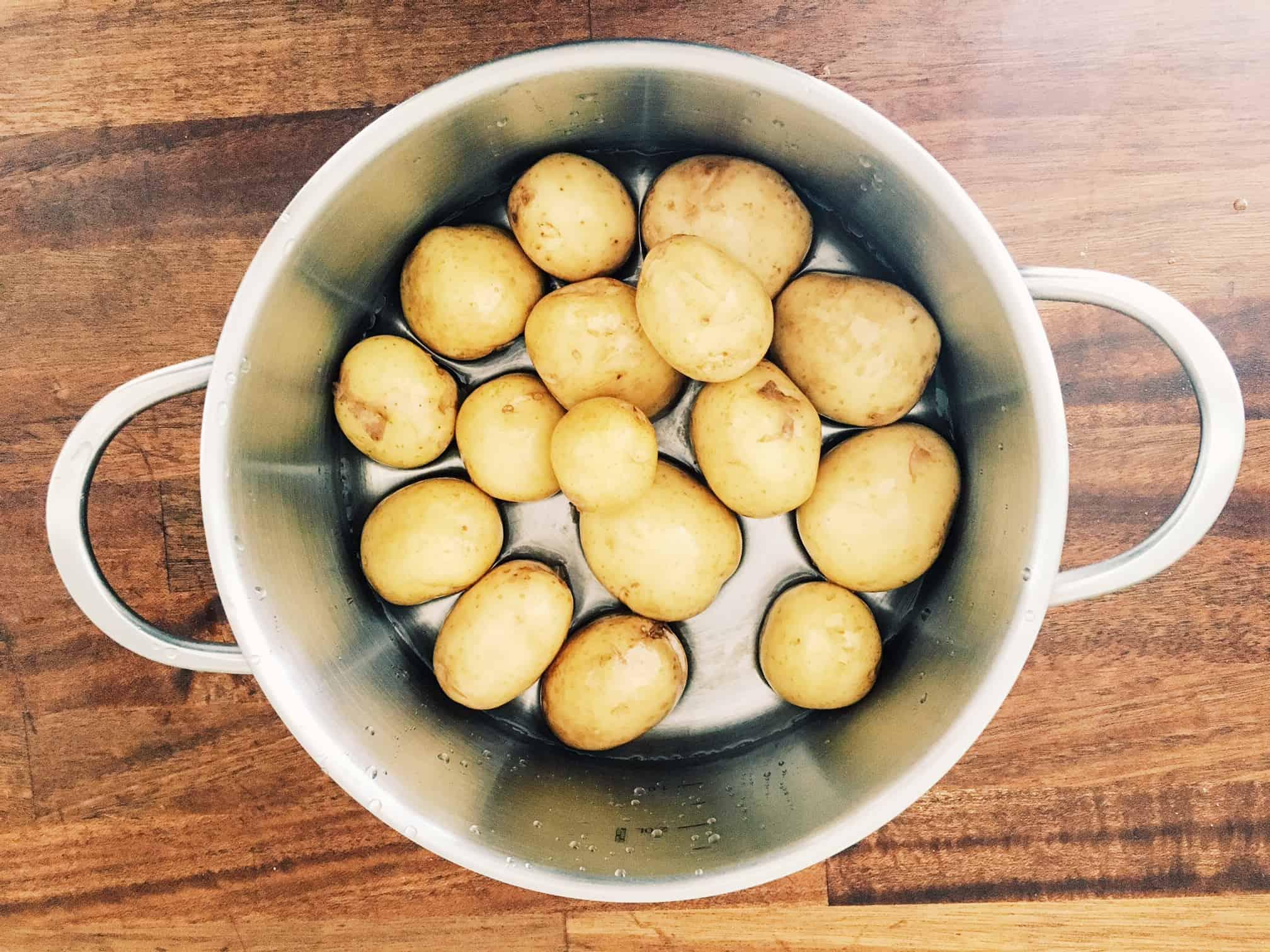 kogning af nye kartofler