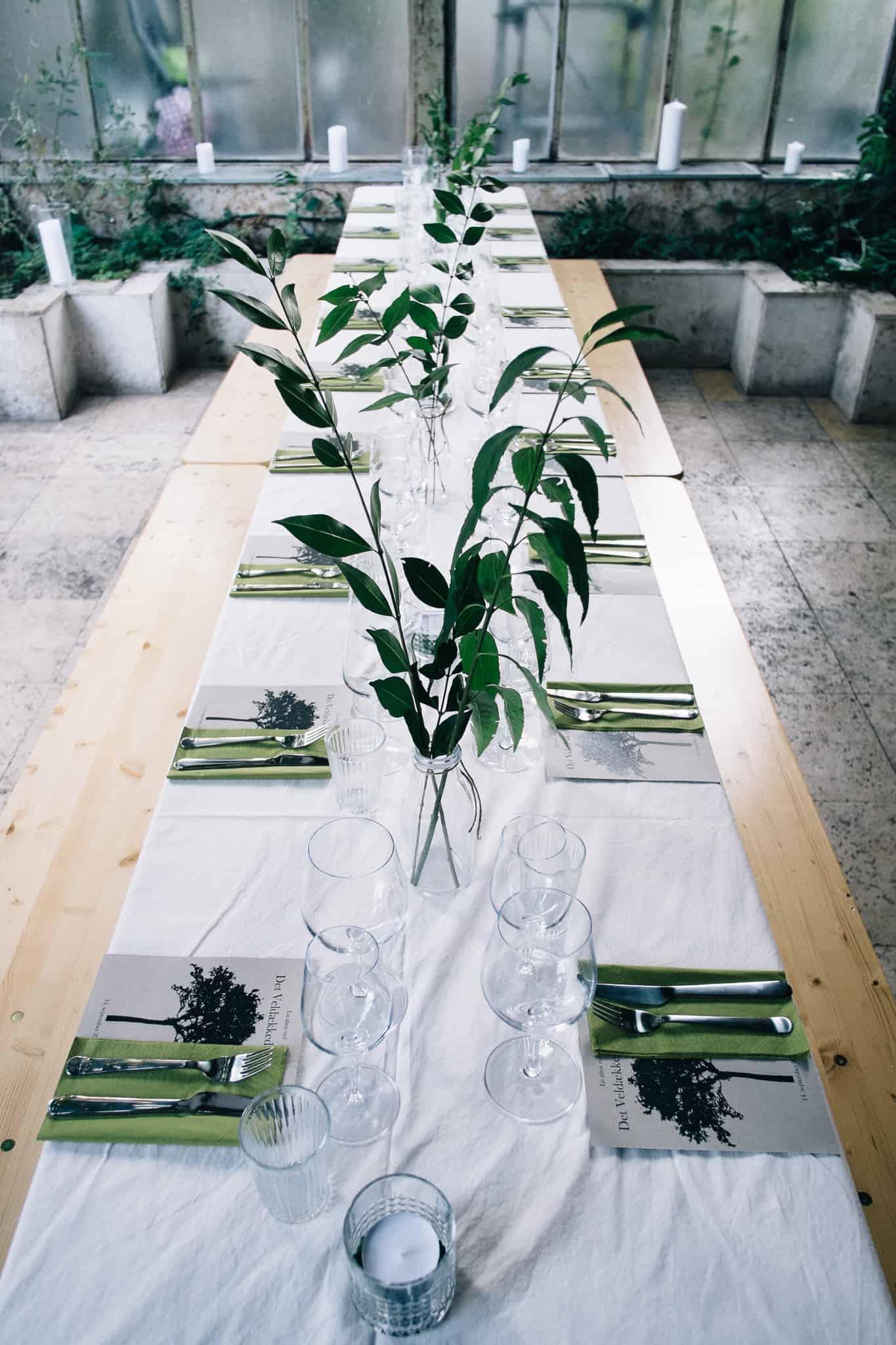 det-veldaekkede-bord