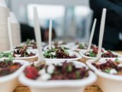 Folk, fællesskab og fråder: Komos Festival offentliggør madprogram