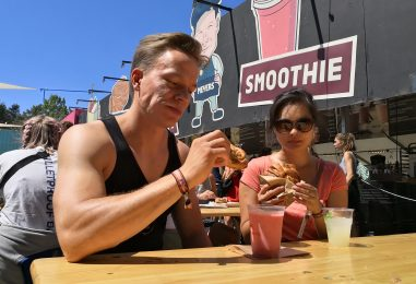 Det synes mændene om maden på Roskilde Festival 2018