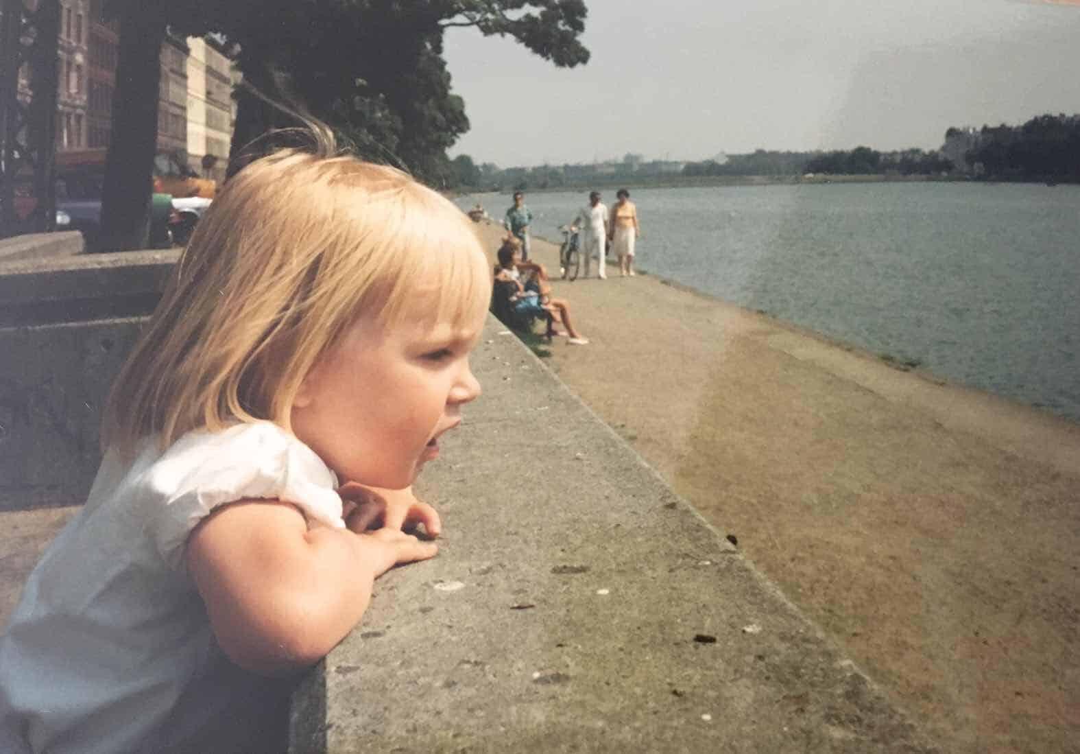 Rebekka Thornbech som barn