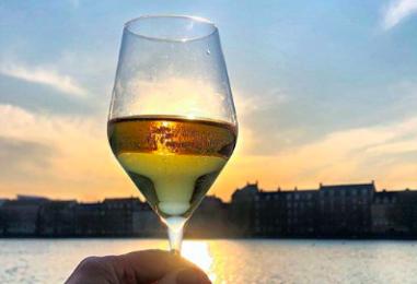 Champagne ved Søerne