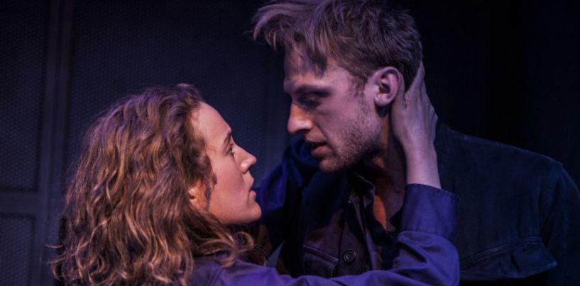 Dramatisk og intens – 1984 på Betty Nansen Teatret